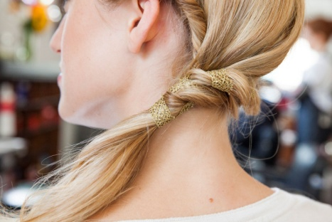 5 Great Hairstyles Using Ribbon