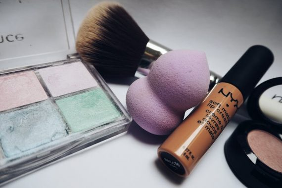3 Reasons to Go Through the Daily Makeup Routine