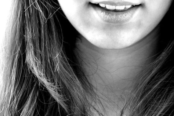 6 Tips to Avoid Tooth Whitening Sensitivity