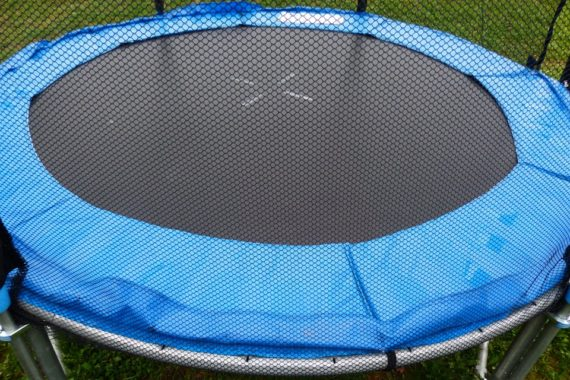 3 Surprising Benefits of Working out On a Trampoline