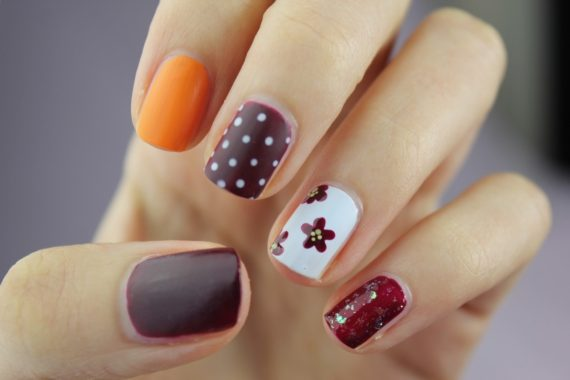Tips For Maintaining Gorgeous Nails During The Summer