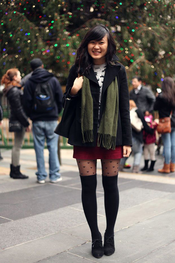3_leggins with pattern blouse