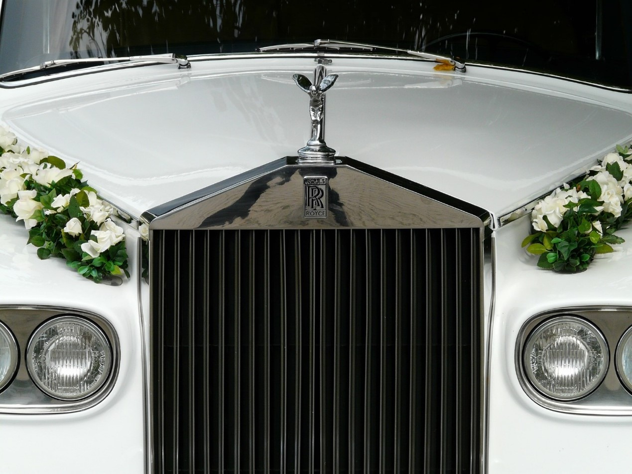 Tips for Hiring the Perfect Wedding Car