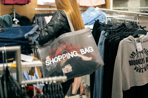 What can tote bags be used for?